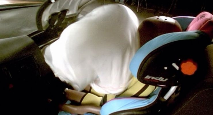 ADAC fordert intelligentere Airbags