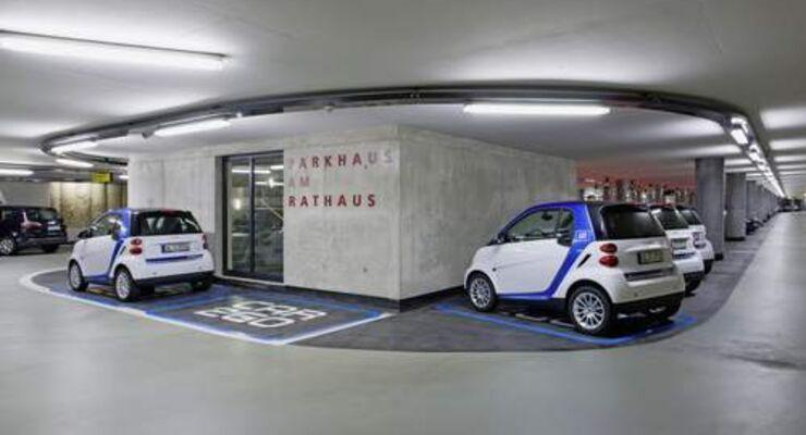 Autokonzerne setzen auf Carsharing