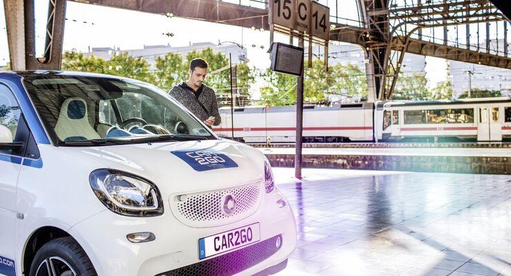 Car2go Smart Carsharing Bahnhof