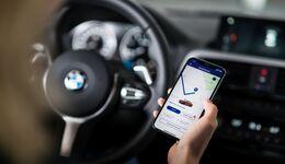 Carsharing Poolwagen smartphone auto öffnen per app