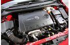 Der Motor des Opel Astra Sports Tourer 2.0 CDTI BiTurbo