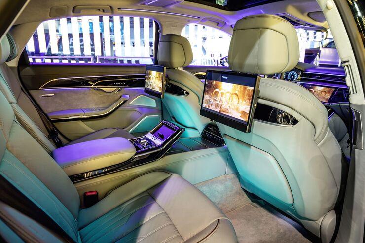 Die größte Elektronikmesse der Welt ist mittlerweile das erste Auto-Highlight des Jahres. Audi zeigt beispielsweise eine Art Autokino – im Auto.