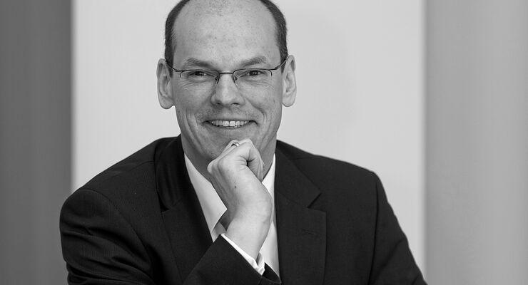 Dr. Georg A. Teichmann, PWC
