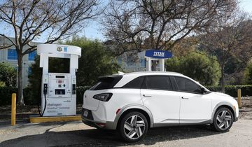 Hyundai Nexo 2018 Brennstoffzelle, Fuel Cell, Tankstelle, tanken