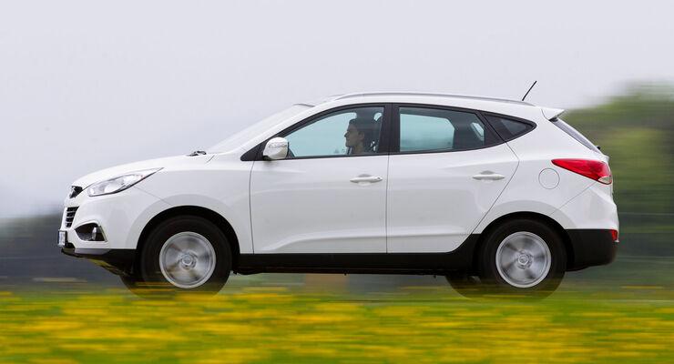 Hyundai ix35 2.0 CRDi SUV weifl Modelljahr 2012