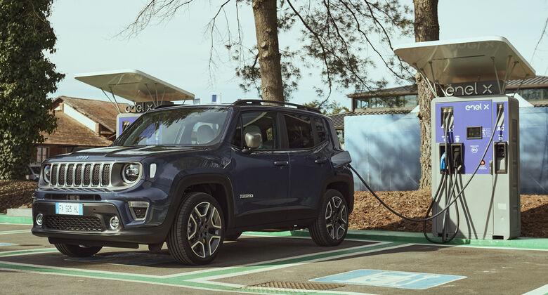 Jeep Renegade, Plug-in Hybrid, laden, Ladesäule