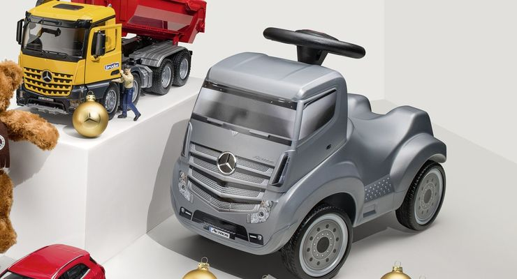 Mercedes Actros Kinderrutscher 2017