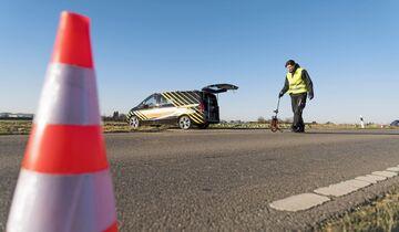 Mercedes-Benz Vans: Eigene Unfallforschung macht Transporter noch sicherer  Mercedes-Benz Vans: In-house accident research makes vans even safer