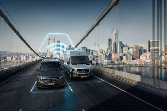 Mercedes-Benz Vans bietet zahlreiche digitale Lösungen für effizienten Transport // Mercedes-Benz Vans offers numerous digital solutions for efficient transport
