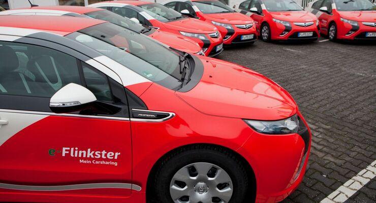 Regionalleiter von DB Fuhrpark sind ab sofort mit alltagstauglicher Elektromobilität unterwegs