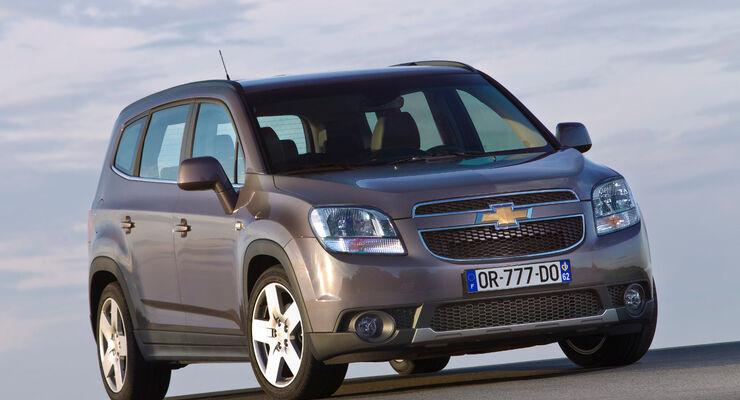 Siebensitzer-Van mit SUV-Gesicht