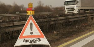 Unfall, Lkw, Symbolbild